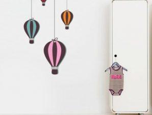 Αερόστατα ριγέ Παιδικά Αυτοκόλλητα τοίχου 75 x 40 cm