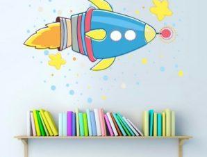 Διαστημόπλοιο πολύχρωμο Παιδικά Αυτοκόλλητα τοίχου 52 x 73 cm