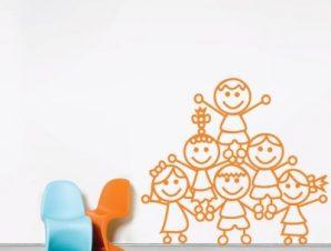 Παιδάκια στο σχολείο Παιδικά Αυτοκόλλητα τοίχου 50 x 56 cm