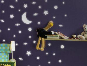 Διακοσμητικά αυτοκόλλητα τοίχου White Stars Φωσφορίζοντα M