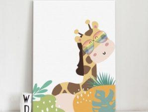 Χαριτωμένη καμηλοπάρδαλη Παιδικά Πίνακες σε καμβά 56 x 40 cm