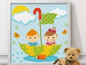 Κορίτσι και αγόρι επιπλέουν με ομπρέλα Παιδικά Πίνακες σε καμβά 50 x 50 cm