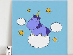 Μονόκερoς στα σύννεφα Παιδικά Πίνακες σε καμβά 50 x 50 cm
