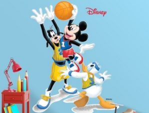 Mickey & friends play basketball Παιδικά Αυτοκόλλητα τοίχου 38 x 30 cm