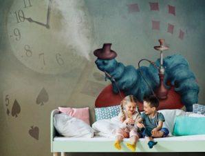 Κάμπια σε μανιτάρι Παιδικά Ταπετσαρίες Τοίχου 113 x 85 cm