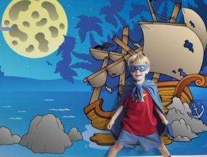 Νυχτερινό ναυάγιο Παιδικά Ταπετσαρίες Τοίχου 88 x 120 cm