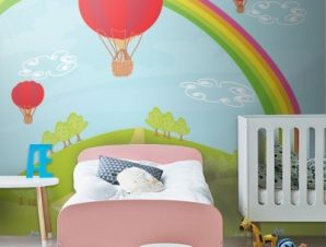 Φανταστικό τοπίο με αερόστατα Παιδικά Ταπετσαρίες Τοίχου 100 x 100 cm