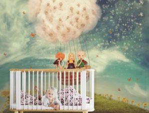 Παιδιά σε μπαλόνι Παιδικά Ταπετσαρίες Τοίχου 98 x 100 cm